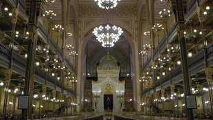 Des monuments et des hommes: la synagogue de Budapest, Dohany, de Célia Lowenstein et Lysiane Le Mercier