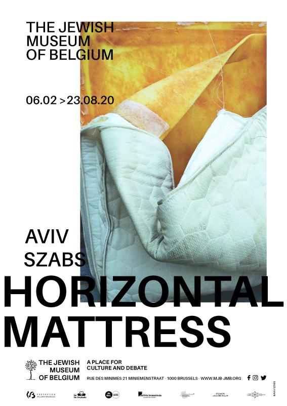 Horizontal Mattress, de Aviv Szabs