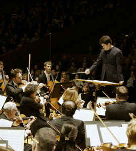 Lahav Shani et l'Orchestre Philharmonique d'Israël : Ben-Haim, Ravel, Stravinsky