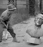 Les coulisses de l'histoire - La dénazification