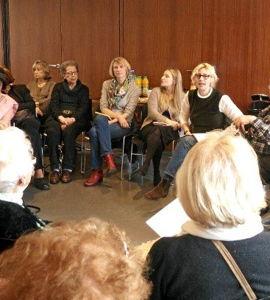 Groupe de parole d'anciens enfants cachés, avec des psychologues du Centre Devereux.