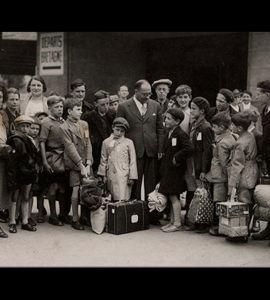 L'école est à nous! ou comment Jean Zay révolutionna l'éducation,  par Stéphane Benhamou