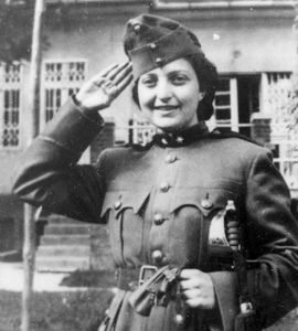 Sioniste, poétesse, combattante - Hanna Szenes, une parachutiste du Yishouv