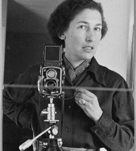 Gisèle Freund, portrait intime d'une photographe visionnaire