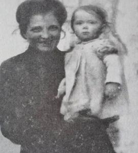 Podcast radio: Née à Bergen-Belsen (2 épisodes), avec Yvonne Salamon