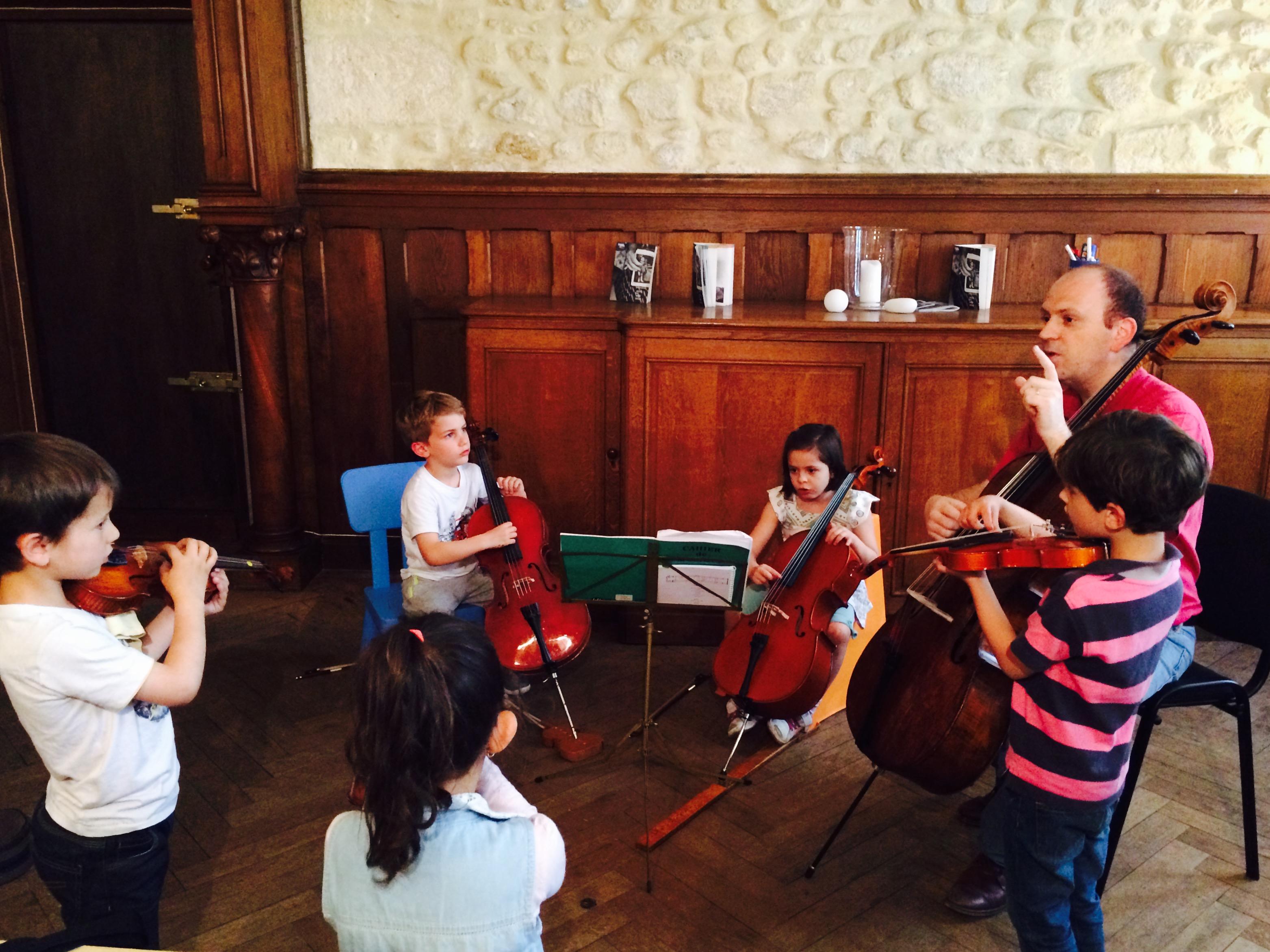Violon et violoncelle (enfants), avec Céline et Benjamin Carat