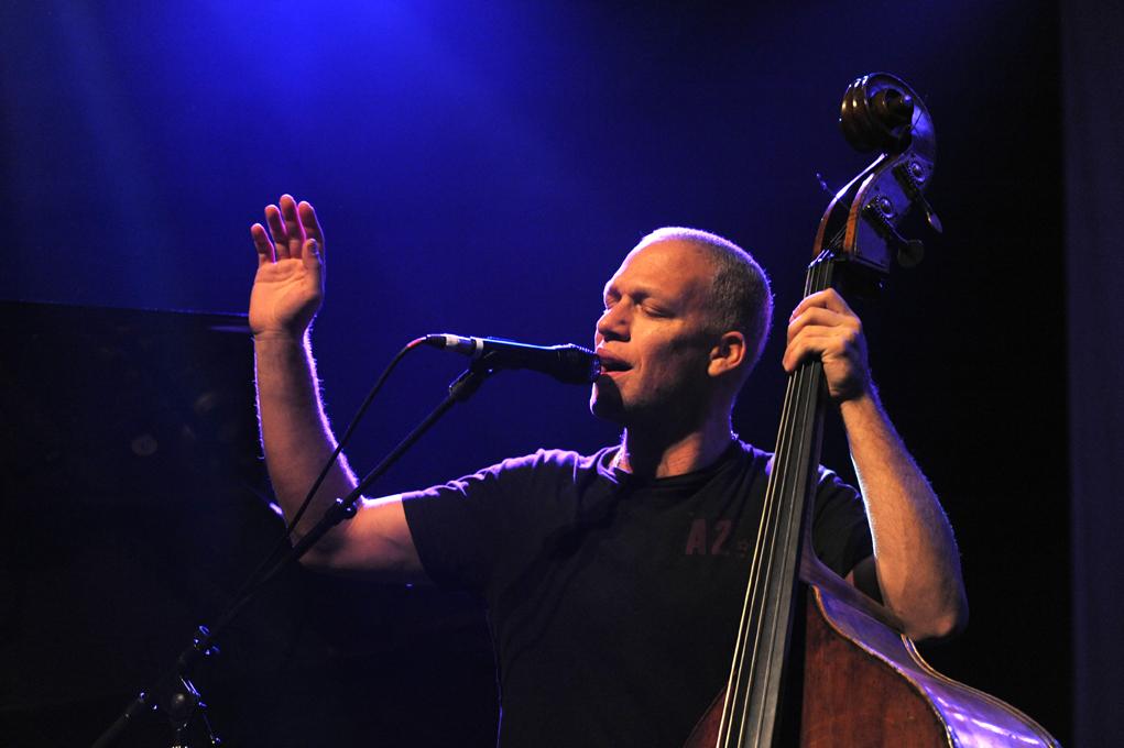 Jazz israélien: Avishai Cohen trio