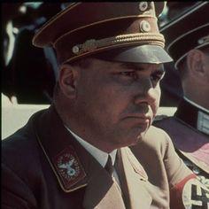 Documentaire : A la poursuite de Martin Bormann, de John Holdsworth