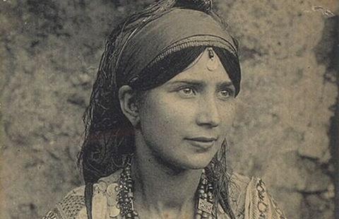 La femme juive marocaine, vecteur de transmission