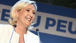 Front National, entre populisme et démocratie