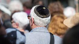 Peut-on être laïc et religieux?