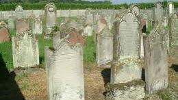 Cimetières et nécropoles