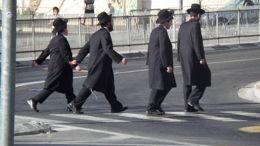 Quand les rabbins arrivent en ville...